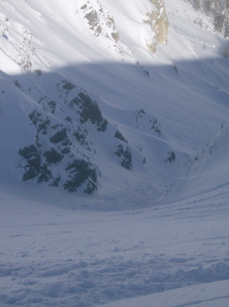 Courmayeur ARP canalone di neve fresca